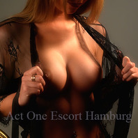 Act One Escort Hamburg - Escortservice Valentina - Escort Hamburg