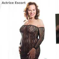 Actrice Escort Hamburg Bettina