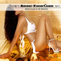 Amour Escort - exclusiver Begleitservice Laura