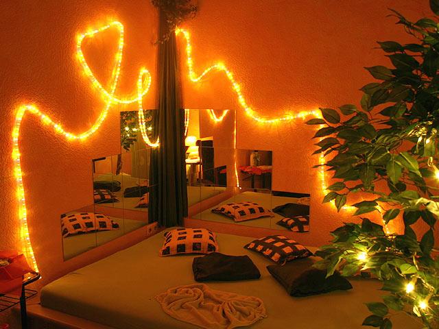 Hostess Club Fröhlich aus Wuppertal | Nachtladies