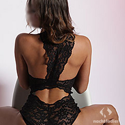 local hook ups adult escort