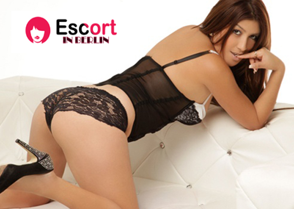 unshaved submissive escort berlin