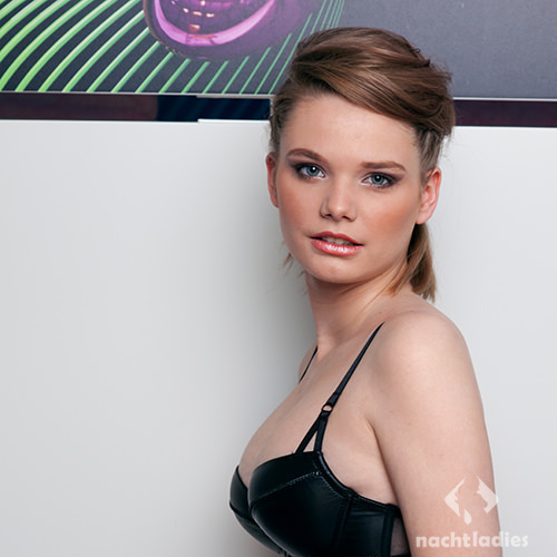 Escort Dame Lilly aus Escorts FameEscort - Premium Class