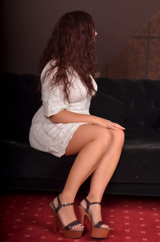 farell lounge kaarst escort actrice