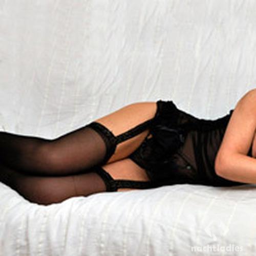 erotische massagen in duisburg zenit escort
