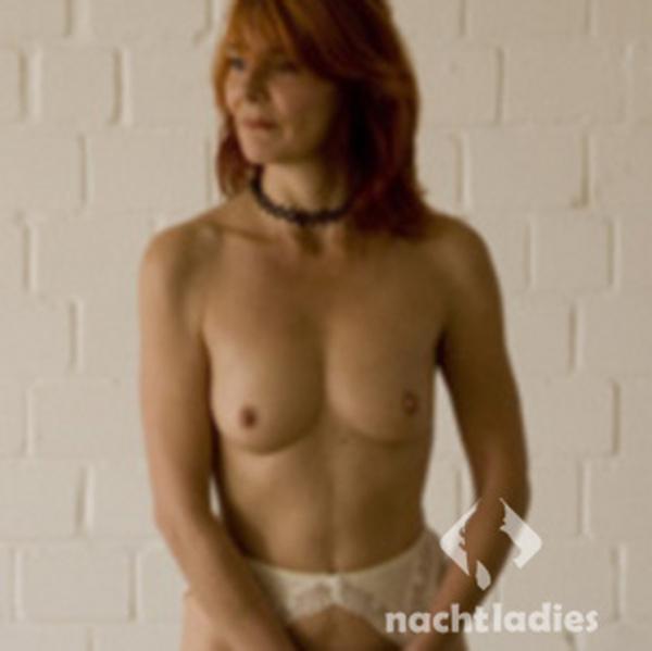 Asia girl nude