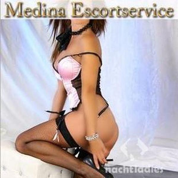 frau zum squirten bringen medina escort
