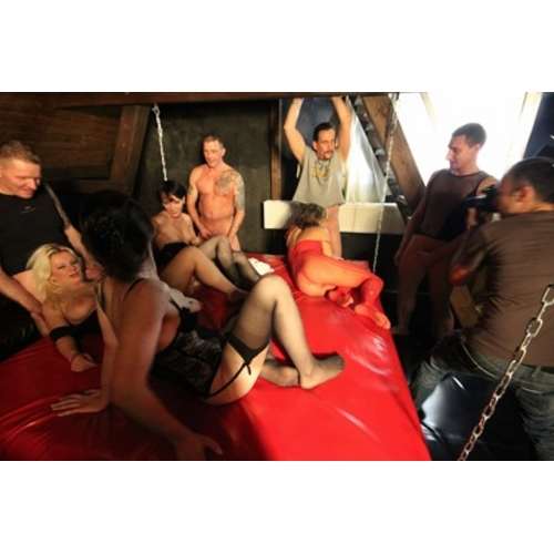svinger club caning bdsm videos