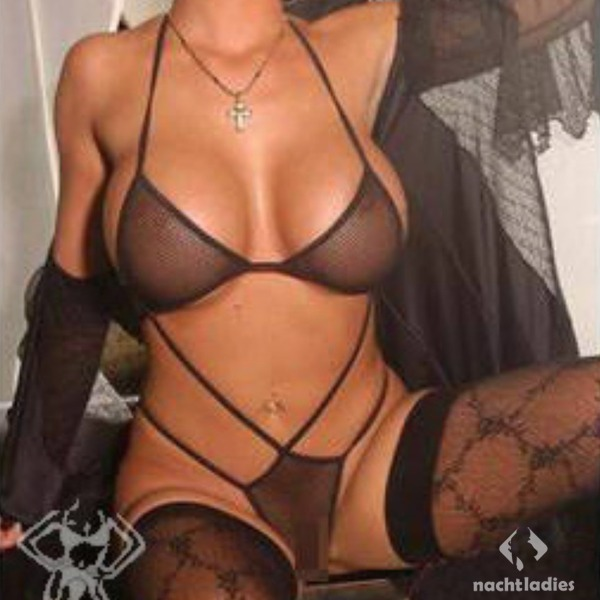 swinger club frankfurt billionaire escort