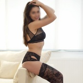 Shades-Escort: Lilly