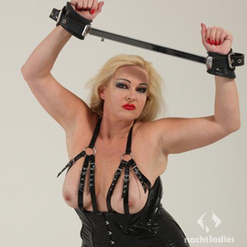 stripclub karlsruhe darmspülung vor verkehr