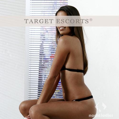 target escort fingern und lecken