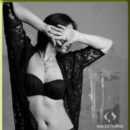 das kleine schwarze lederforum tantra massage göttingen